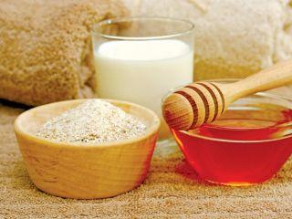 Công dụng trị mụn của mật ong nguyên chất