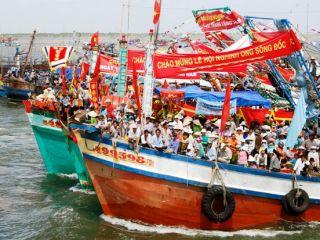 Tháng 2 âm lịch về Sông Đốc tham gia lễ hội nghinh Ông lớn ở Cà Mau
