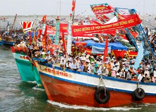 Tháng 2 âm lịch về Sông Đốc tham gia lễ hội nghinh Ông lớn nhất ở Cà Mau